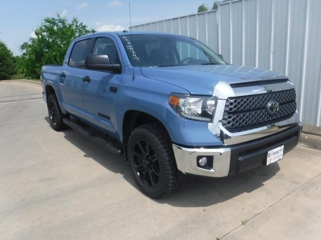 New 2019 Toyota Tundra SR5 with TB package